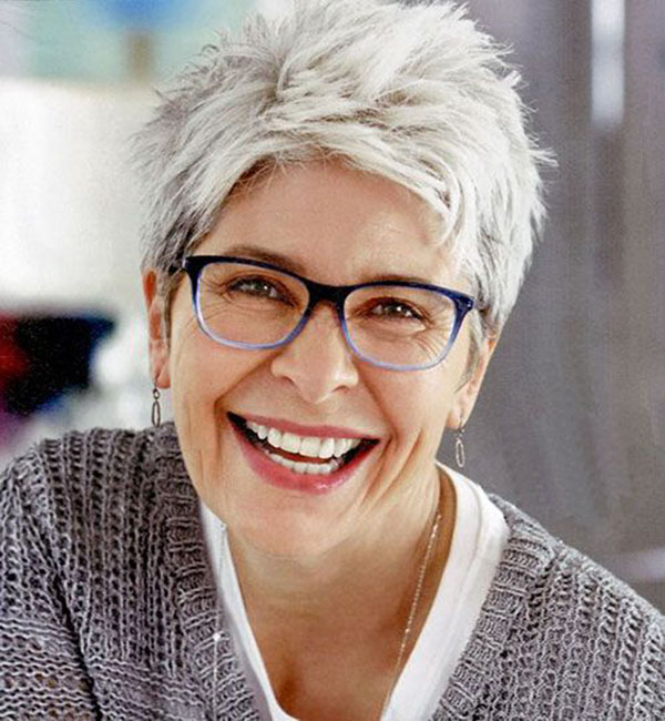 Best Short Haircuts For Over 60