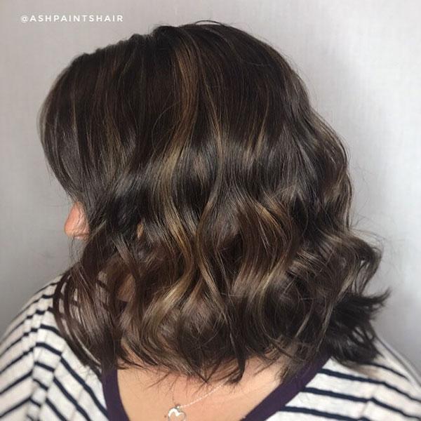 Feminine Short Haircut Style