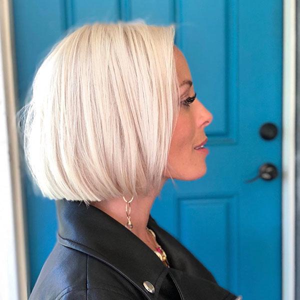 Sleek Hairdo For Short Hair